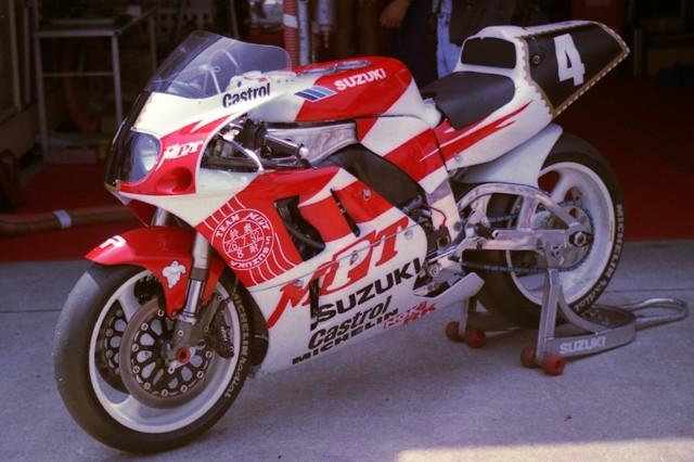 Recherche photos Bol d'Or et 24h du Mans de 1989 à 1992, et 20070710