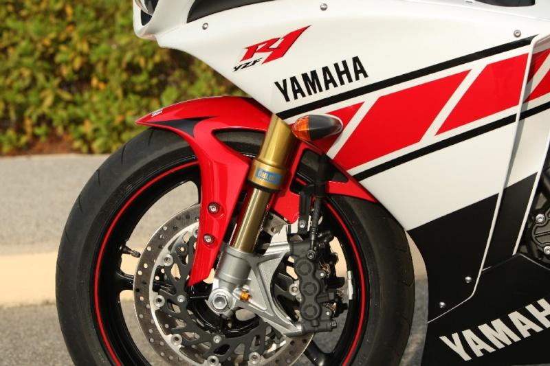 Yamaha R1 Crossplane - Page 20 Big_5z11