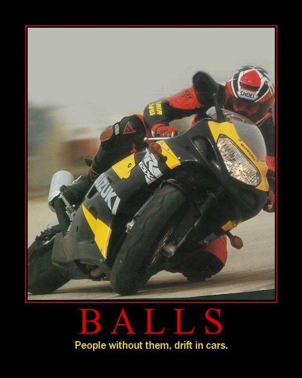 le drift à moto c'est facile ! Drifti10