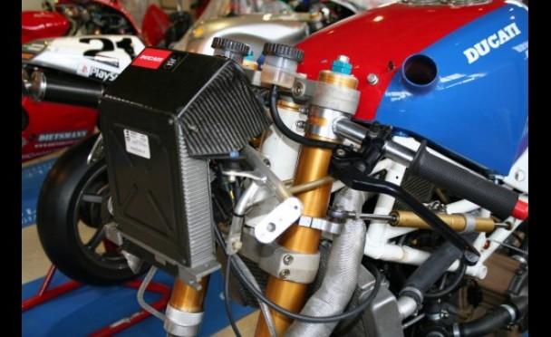 Ducati 851-888 - Page 2 Ducati11
