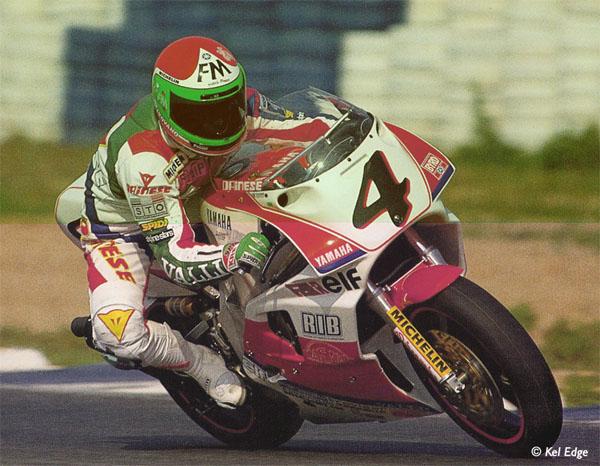 Avis aux spécialistes des photos introuvables : cherche photos de la saison WSBK SUPERBIKE 1989 Fabriz12