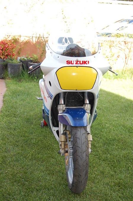 Suzuki GSX-R Slabside 750 (85-87) et 1100 (86-88) - Page 4 Gsxr-113