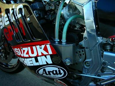Suzuki GSX-R Slabside 750 (85-87) et 1100 (86-88) - Page 7 Img_2921