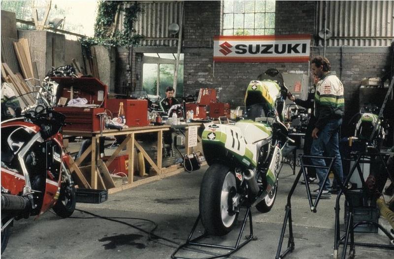 Suzuki GSX-R Slabside 750 (85-87) et 1100 (86-88) - Page 7 Iom_tt16