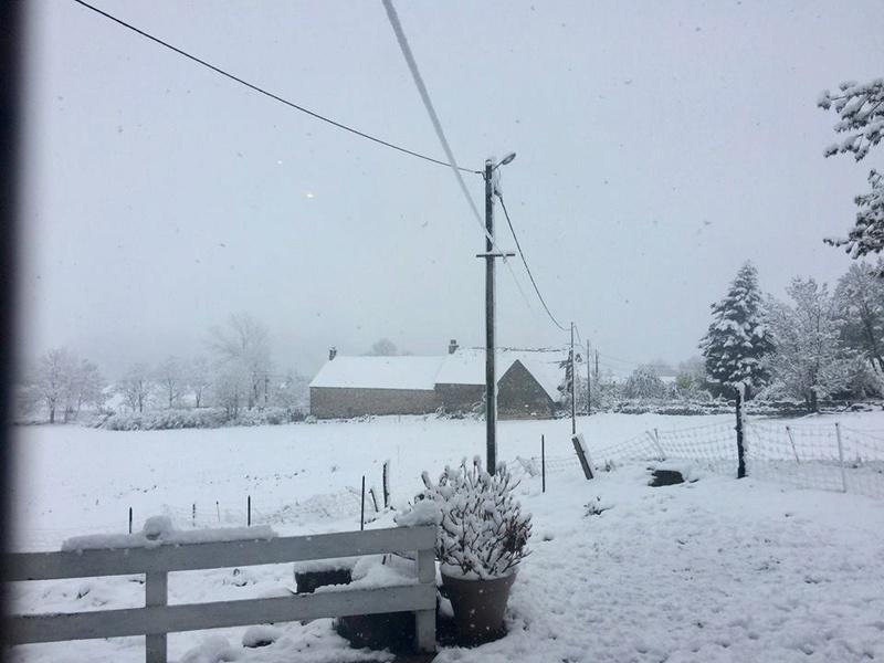 Photo du jour dans le Cantal - Page 2 32283710