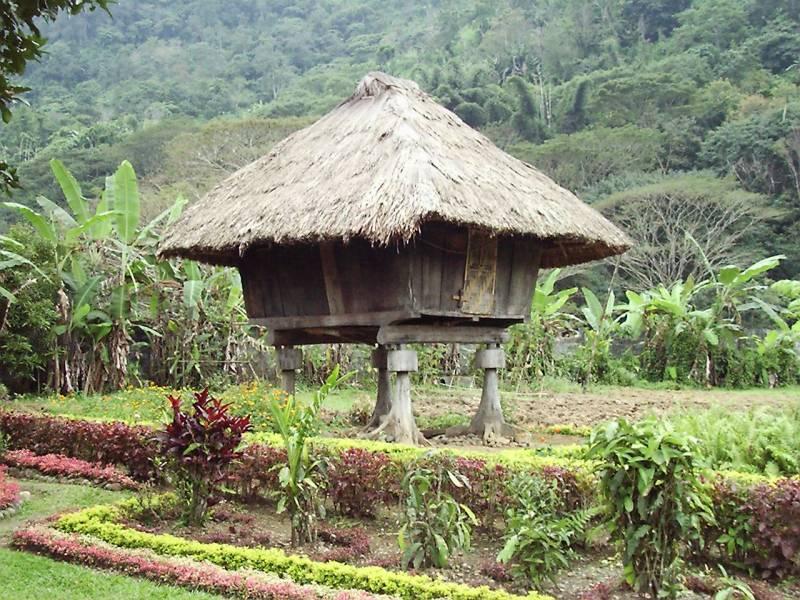 mammoo_03: Bahay Kubo of the Future (Ifugao house with a twist) Ifugao11