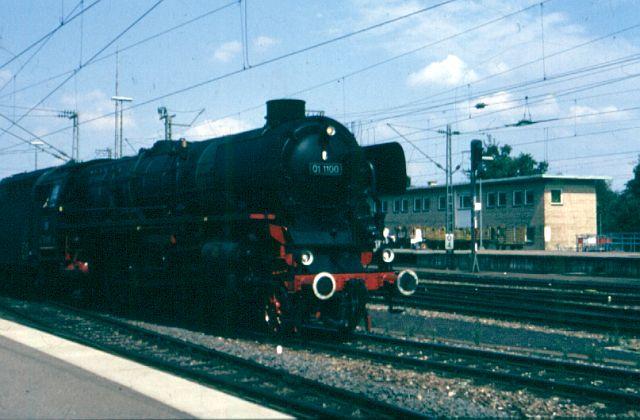 Zwei Pazifics der deutschen Bahnen: BR 01 und 03 - Seite 2 01_11010