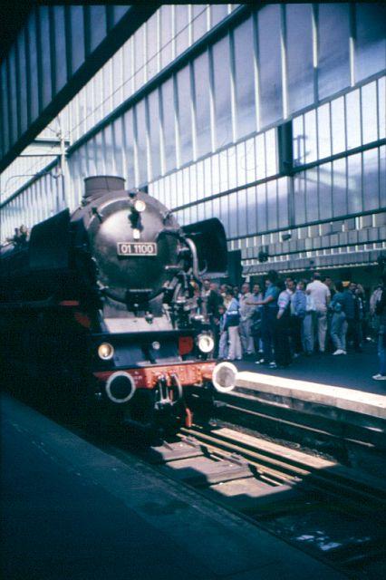 Zwei Pazifics der deutschen Bahnen: BR 01 und 03 - Seite 2 01_11011
