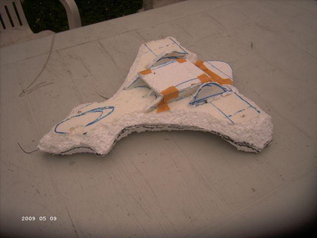 Styropor - Selbstbauflieger von meinem Sohn P140