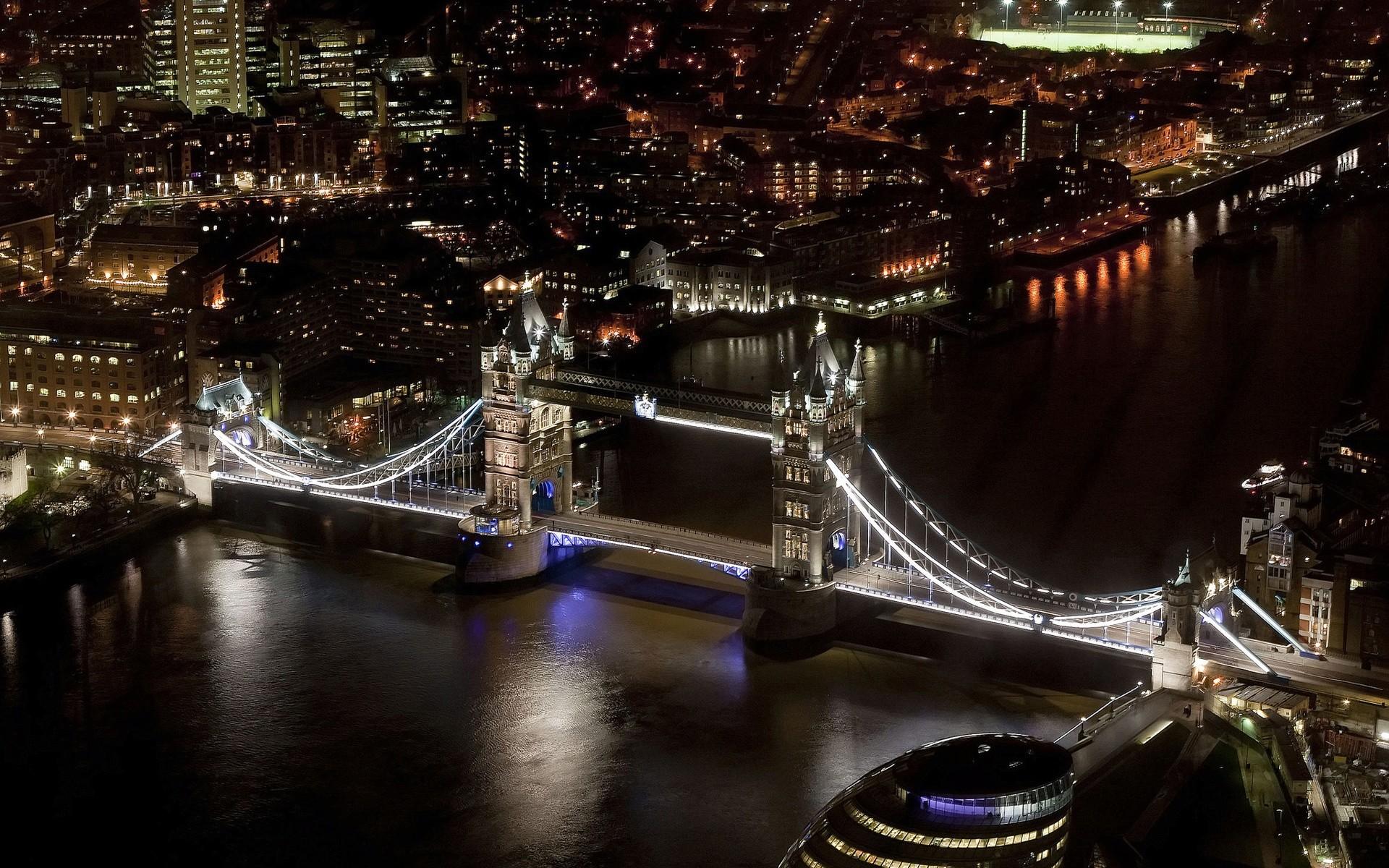 Les Toits de Londres  - Page 3 Tower-10
