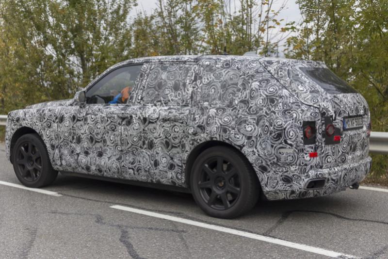 2017 - [Rolls-Royce] SUV Cullinan - Page 9 1-img_30