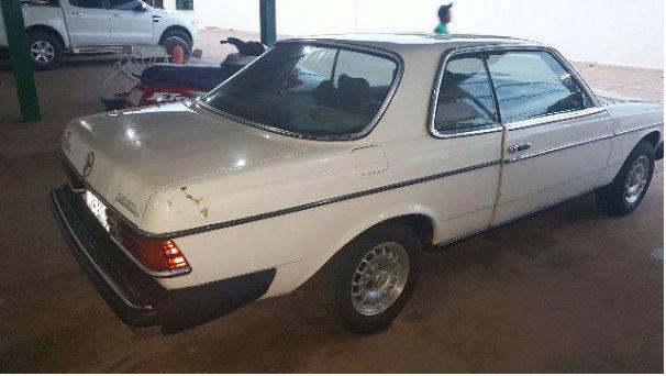 W123 300CD 1980 - R$18.000,00 118