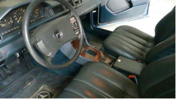 W124 300D 1985 - R$65.000,00  119