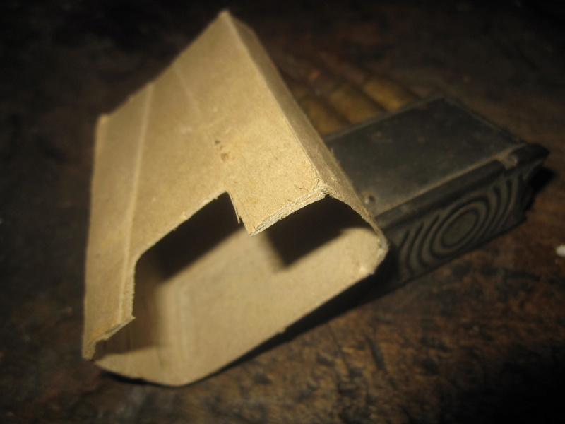 boite carton pour clip Garand Img_2160