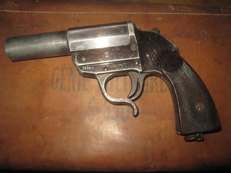 Pistolet Lance fusée Img_2164