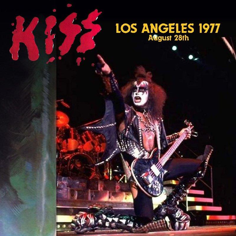 DANN photos  KISS - Page 4 24089510