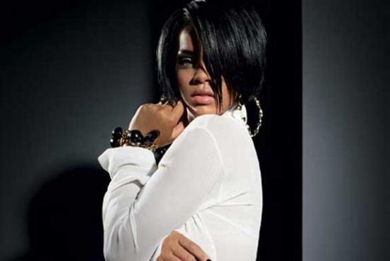 Rihanna B_080810
