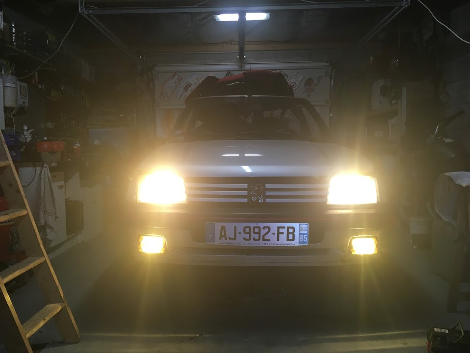 Mes Youngtimers (Peugeot 205)  - Page 13 Img_1128