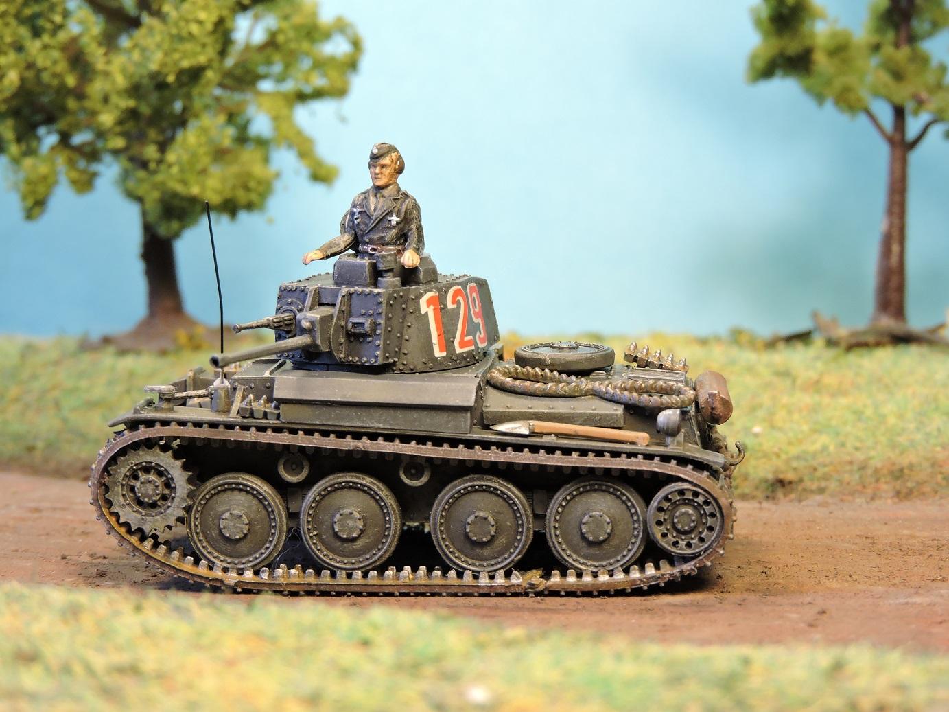 [Attack] Pzkpfw 38(t) ausf. B - 7e Panzer Division - Mai 1940--- F I N I --- Praga_32
