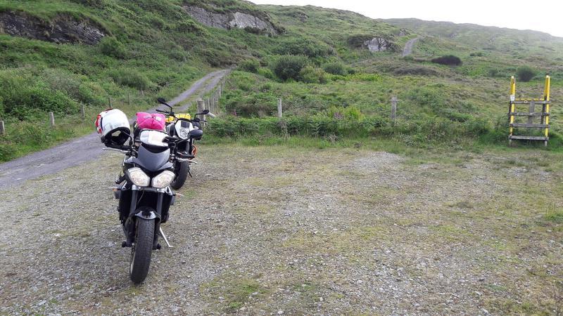 Vos plus belles photos de motos - Page 30 11544510