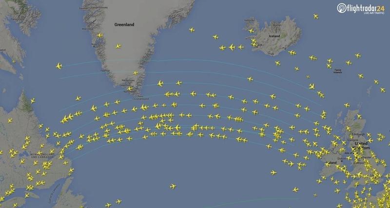 لماذا لا تطير الطائرات بشكل مباشر ومستقيم فوق المحيط الأطلسي ؟ North-10