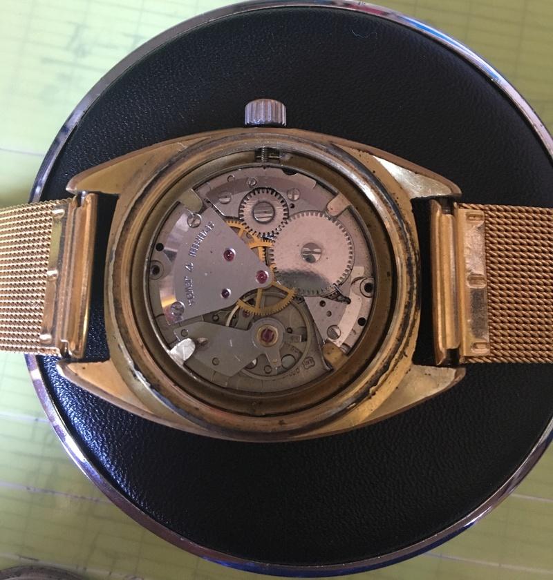 seamaster -  [Postez ICI les demandes d'IDENTIFICATION et RENSEIGNEMENTS de vos montres] - Page 24 Img_3610