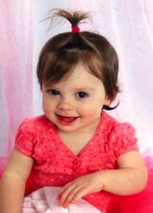 EMMA LEIGH BARKER - 18 months (2009) - Lancaster CA 2009_010