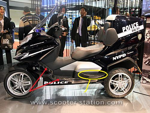 Quadro : Un scooter à 4 roues présenté à Milan  - Page 4 Quadro13