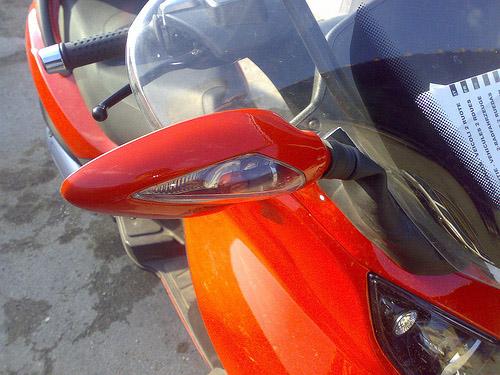 Un peu de tuning sur nos scooters 3 roues.... Ratros10
