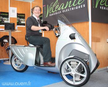 Un nouveau tricycle électrique Velean11