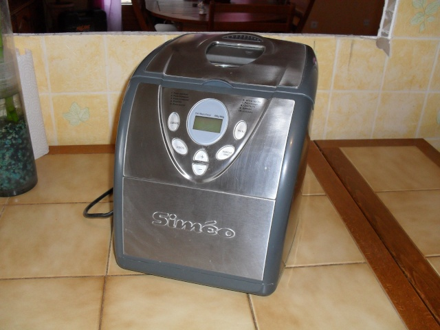 Vends machine a pain et cafetière Tassimo Sdc10013