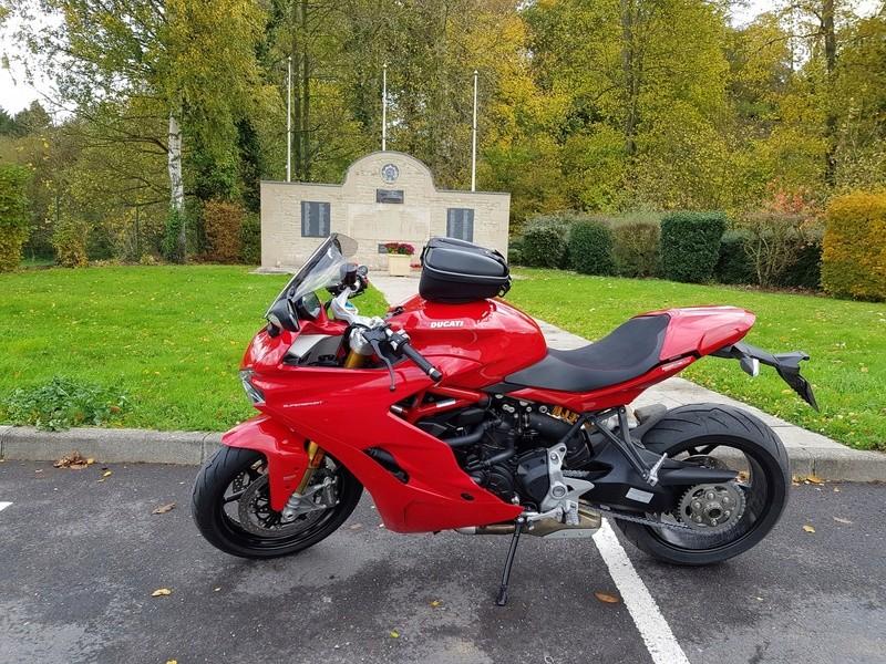 CR Ducati Supersport S... F0f5bc10