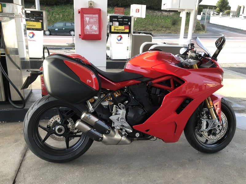 CR Ducati Supersport S... - Page 5 Img_1610