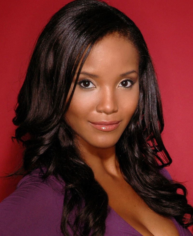 Miss USA 2002: Shauntay Hinton  from District of Columbia 1200px11