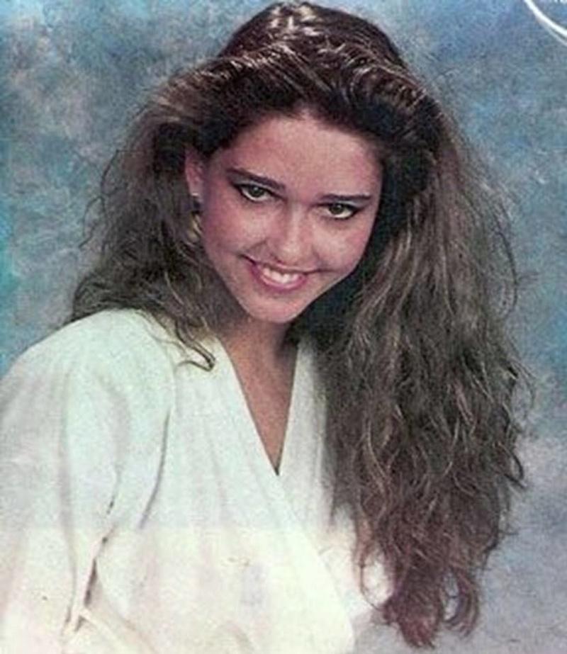 Miss Polonia 1989 - Johana Gapinska (3rd Runner Up MU89) 16683821
