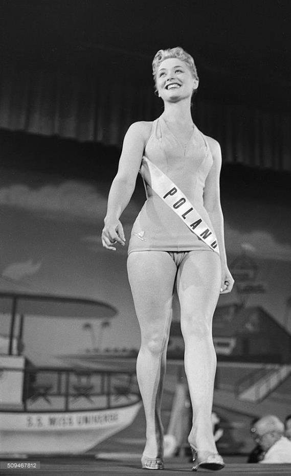 Miss Polonia 1958: Alicja Bobrowska (4th Runner Up MU58) 16708211