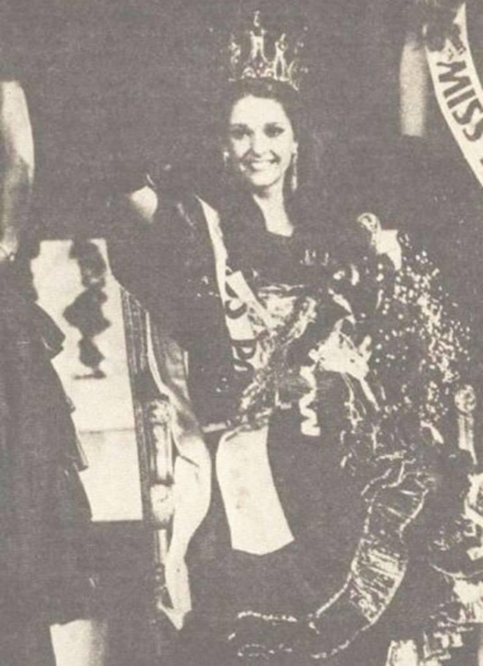 Miss Polonia 1989 - Johana Gapinska (3rd Runner Up MU89) 16711612