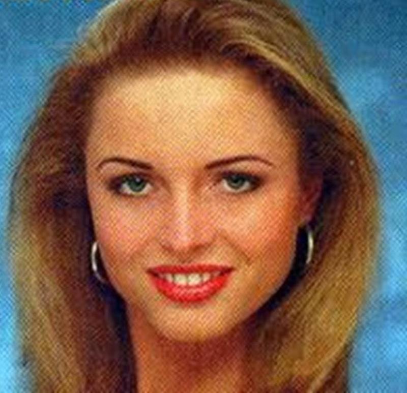 Miss Poland Universe 1998 - Sylwia Malgorzata Kupiec 16730211