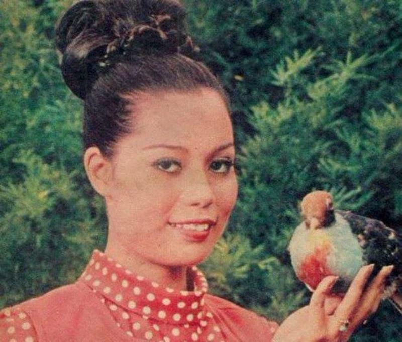 Bb Pilipinas Universe 1972: Armi Barbara Quiray Crespo (MU 72' Semifinalist) 16903410