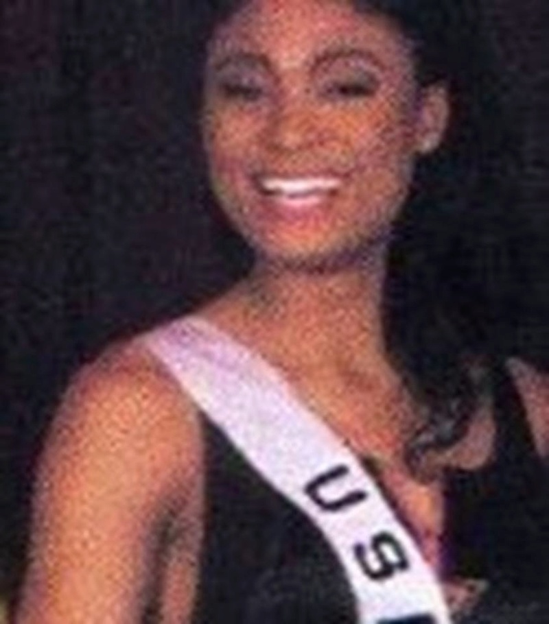 Miss U.S.A.1990 - Carol Anne Marie Gist (1st Runner Up MU90) from Michigan 20476148