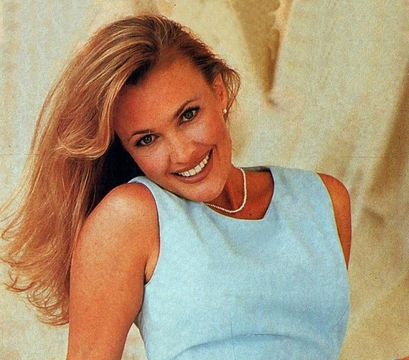 Miss USA 1992:  Shanon La Rhea Marketic (Semi-finalist MU92) from California 20525327