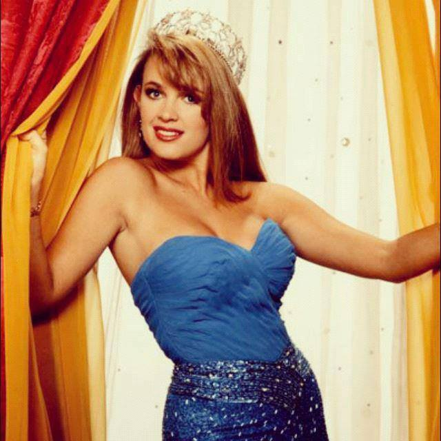 Miss USA 1992:  Shanon La Rhea Marketic (Semi-finalist MU92) from California 20525632