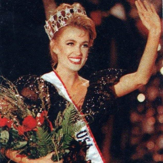 Miss USA 1992:  Shanon La Rhea Marketic (Semi-finalist MU92) from California 20526023