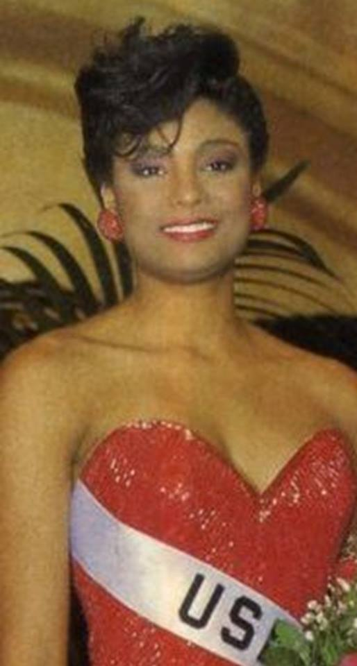 Miss U.S.A.1990 - Carol Anne Marie Gist (1st Runner Up MU90) from Michigan 20526218