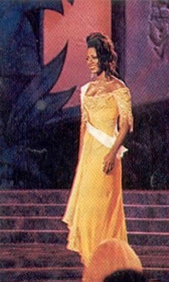 Miss USA 1993: Kenya Summer Moore (Finalist - Top 6 MU93) from Michigan 20597319