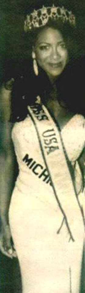 Miss USA 1993: Kenya Summer Moore (Finalist - Top 6 MU93) from Michigan 20621215
