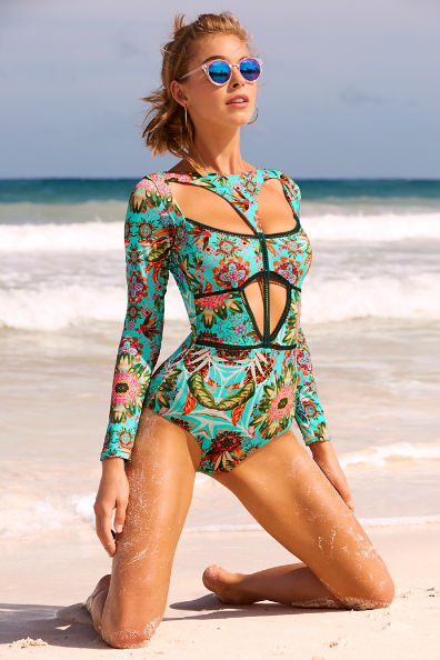 In a Swimsuit Competition What Style of Costume Do You Prefer? 2723810