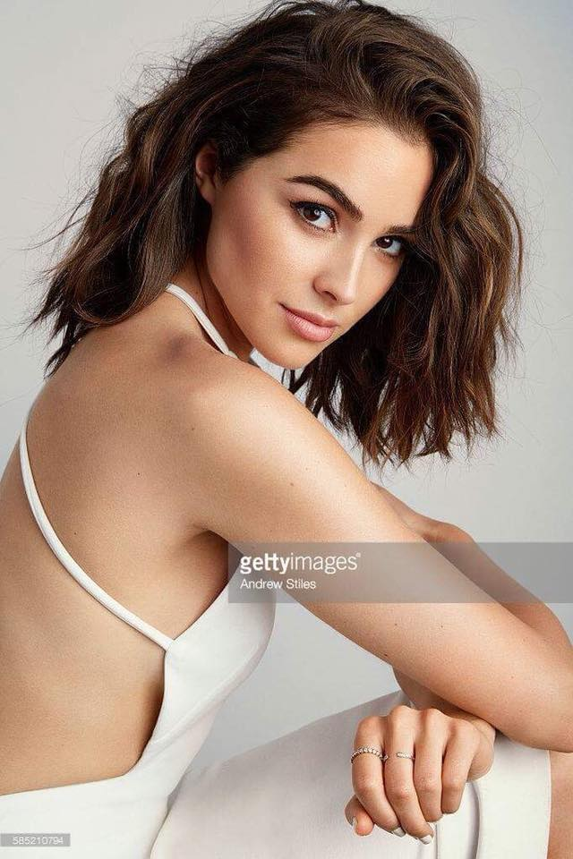 ♔ Official Thread of MISS UNIVERSE® 2012- Olivia Culpo - USA ♔ - Page 8 27973010