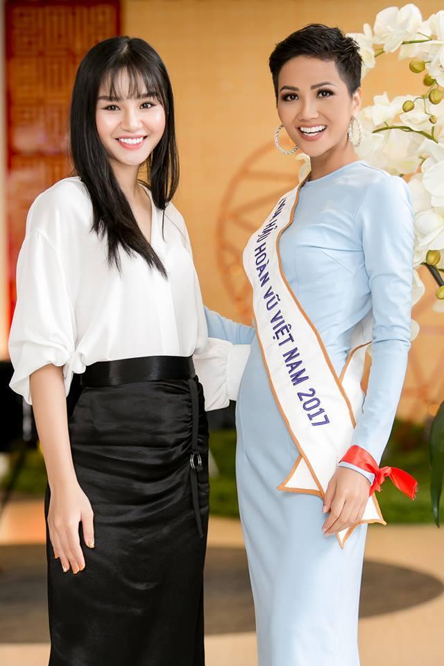H'Hen Niê (VIETNAM 2018) - Page 3 33430011
