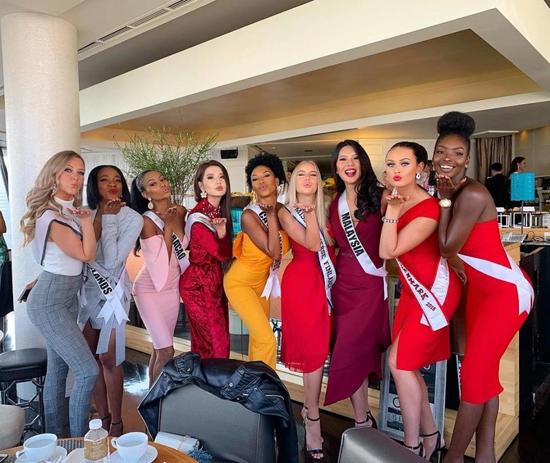 © PAGEANT MANIA © MISS UNIVERSE 2018 - OFFICIAL COVERAGE Finals - Page 22 47272510